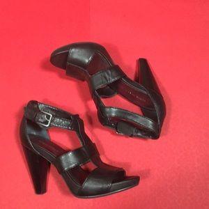 Nine West Black Leather Sandals Heels Shoes 6